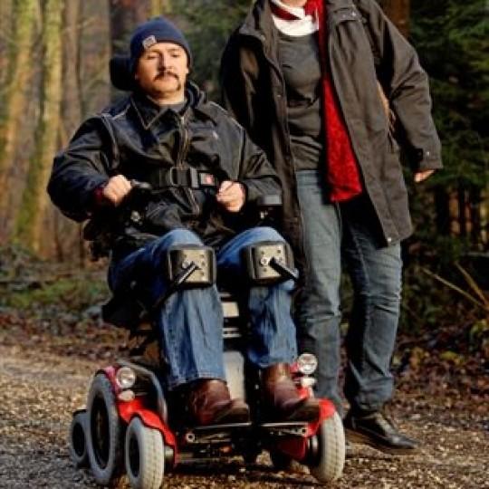 Man sitting in LEVO C3 Standing Power Wheelchair