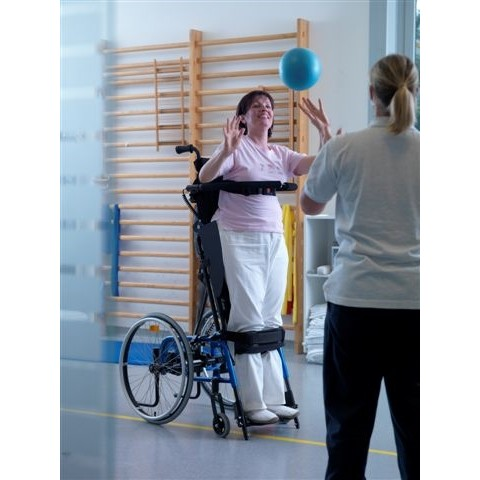 Woman working out while in a LEVO LCEV Standing Manual Wheelchair