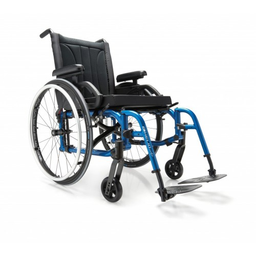 Blue Motion Composites Helio A7 Wheelchair