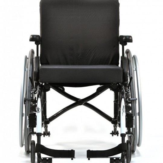 Front view of Motion Composites Helio C2 Ultralight Folding Carbon Fiber Wheelchair