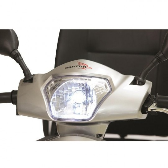 Head lights of Pride Raptor 3 Wheel Mobility Scooter
