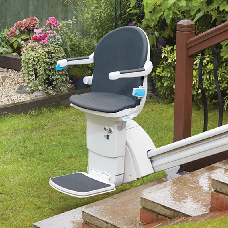 Sterling 1000 Outdoor Straight Stair Lift