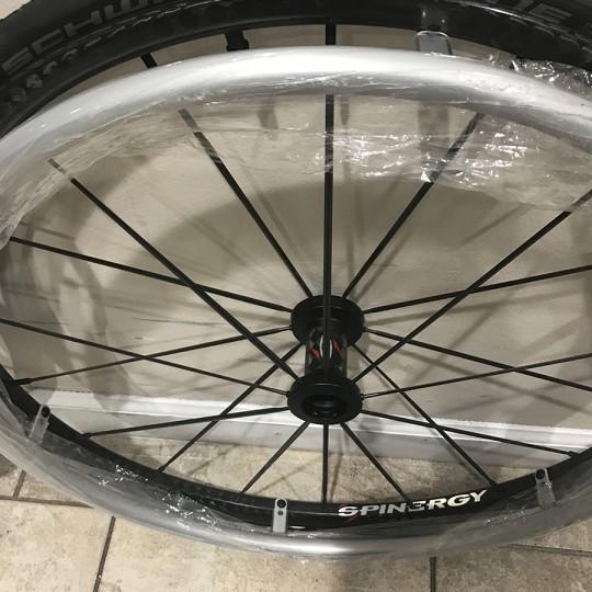 24in Spinergy Carbon Blade Wheels-3.JPG