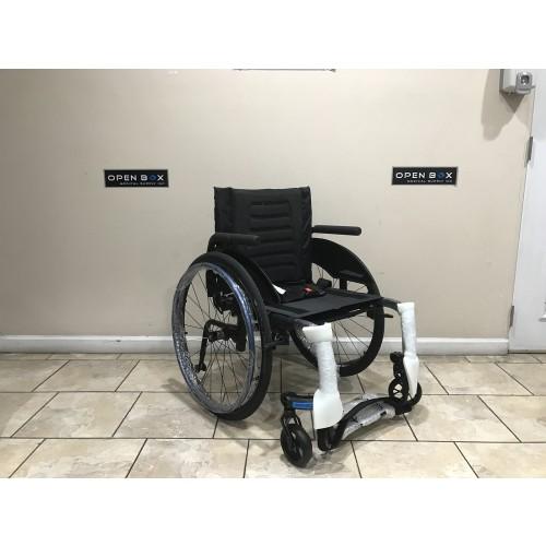 Apex Ultralight Rigid Carbon Fiber Wheelchair