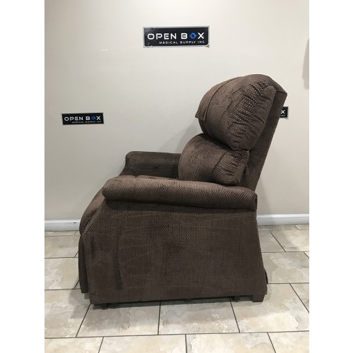 Side view of Golden Comforter Medium Extra-Wide Lift Chair