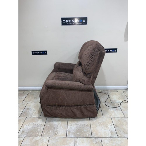 Side view of Golden Technologies Maxi Comforter Infinite Position Zero Gravity Lift Chair