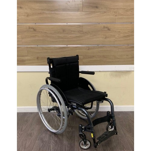 Front view of Karman S-Ergo ATX Active Wheelchair