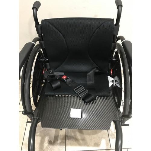 Front view of Kuschall Advance Rigid Ultralight Wheelchair