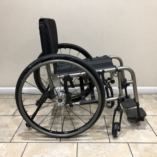 Manufacturer Demo TiLite 2GX Folding Manual Wheelchair