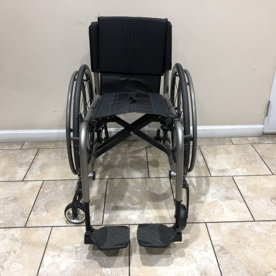 Front view of Manufacturer Demo TiLite 2GX Folding Ultralight Manual Wheelchair