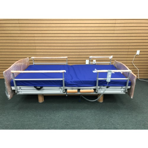 Volker 3080 Full Electric Hospital Bed w/ Mattress Bundle