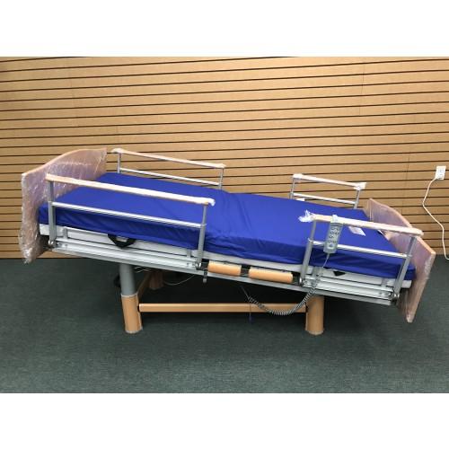 Volker 3080 Full Electric Hospital Bed w/ Mattress Bundle