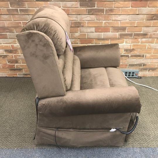 Open Box Golden Tech Relaxer Pr 756 Lift Chair