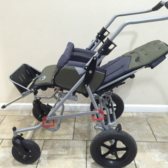 Side view of Patron Tom 4 Xcountry STD Stroller