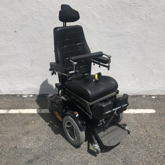 Manufacturer Demo Permobil C500 VS Standing Power Chair