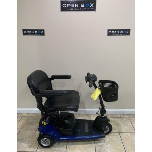 Side view of Pride Go-Go Ultra X 3 Wheel Mobility Scooter