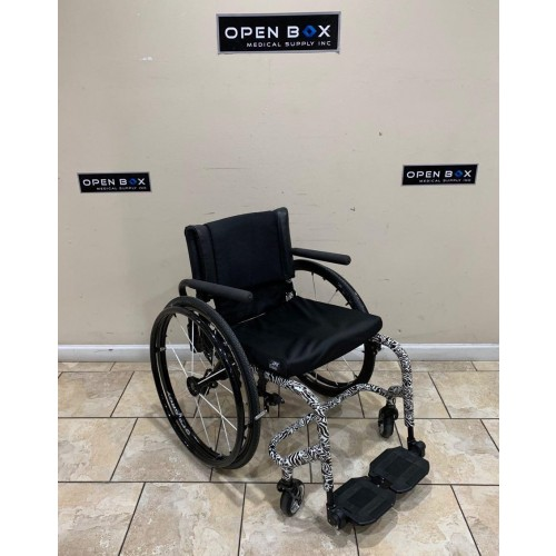 Quickie 7R Ultra Lightweight Rigid Wheelchair