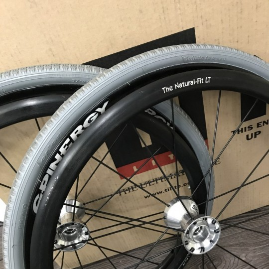 tilite-22-spinergy-spox-with-flat-free-tires-and-natural-fit-lt-handrims-2
