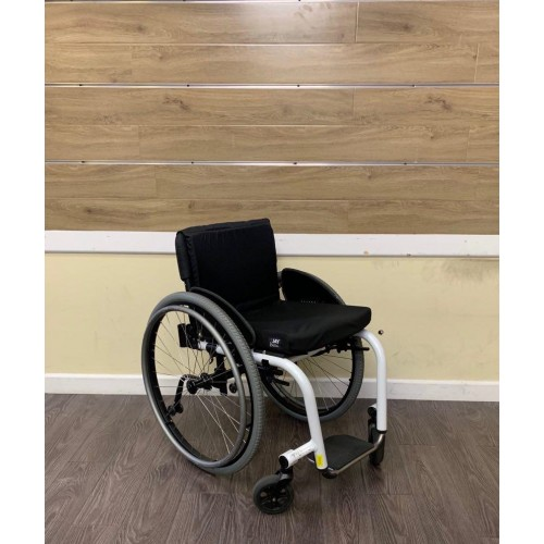 TiLite Aero Z Rigid Manual Ultra Lightweight Wheelchair
