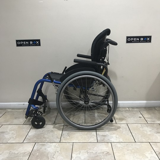 Side view of TiLite Aero Z Ultra Light Wheelchair 4.JPG
