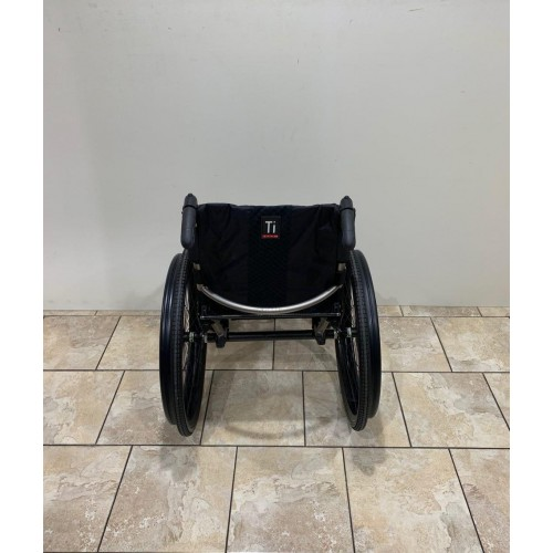 TiLite TR Rigid Ultralight Wheelchair