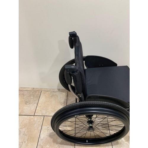 Closeup of side of TiLite TR Rigid Ultralight Wheelchair