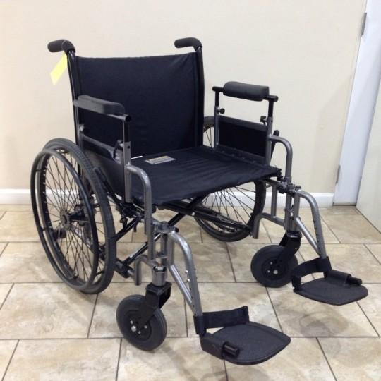 Used Invacare 9000 Topaz Heavy Duty Manual Wheelchair