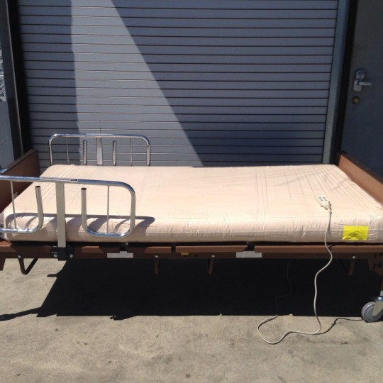 Used Medline Bariatric Full-Electric Hospital Bed Package