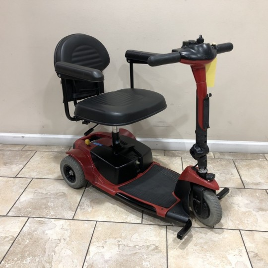 Used Pride Go-Go Ultra 3 Wheel Scooter