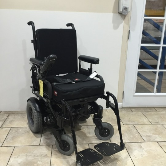 Quickie S-636 Power Tilt Wheelchair (154 Miles)