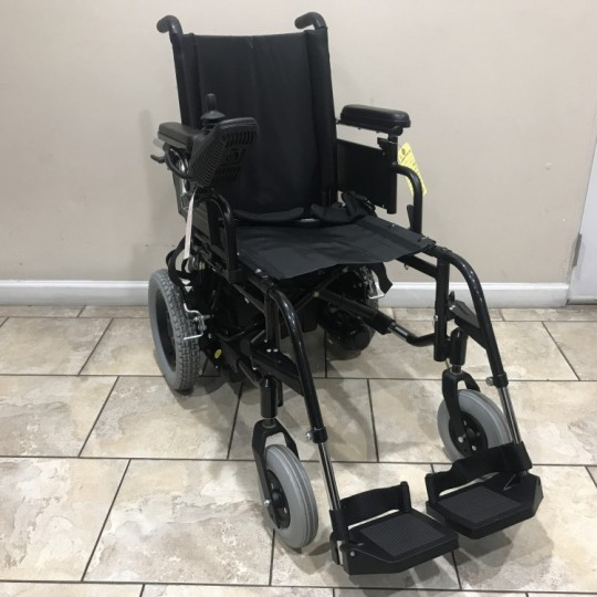 Used Sunrise Medical Quickie V121 Folding Electric Wheelchair