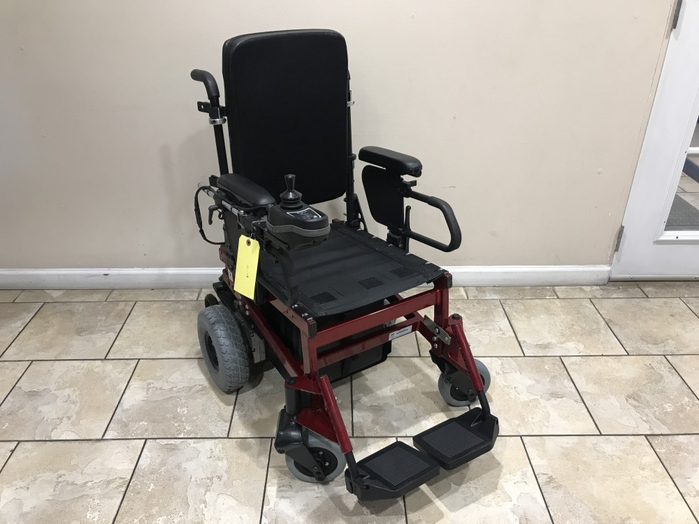 new styles cf366 b9bca Sunrise Medical Quickie P200 Electric Wheelchair