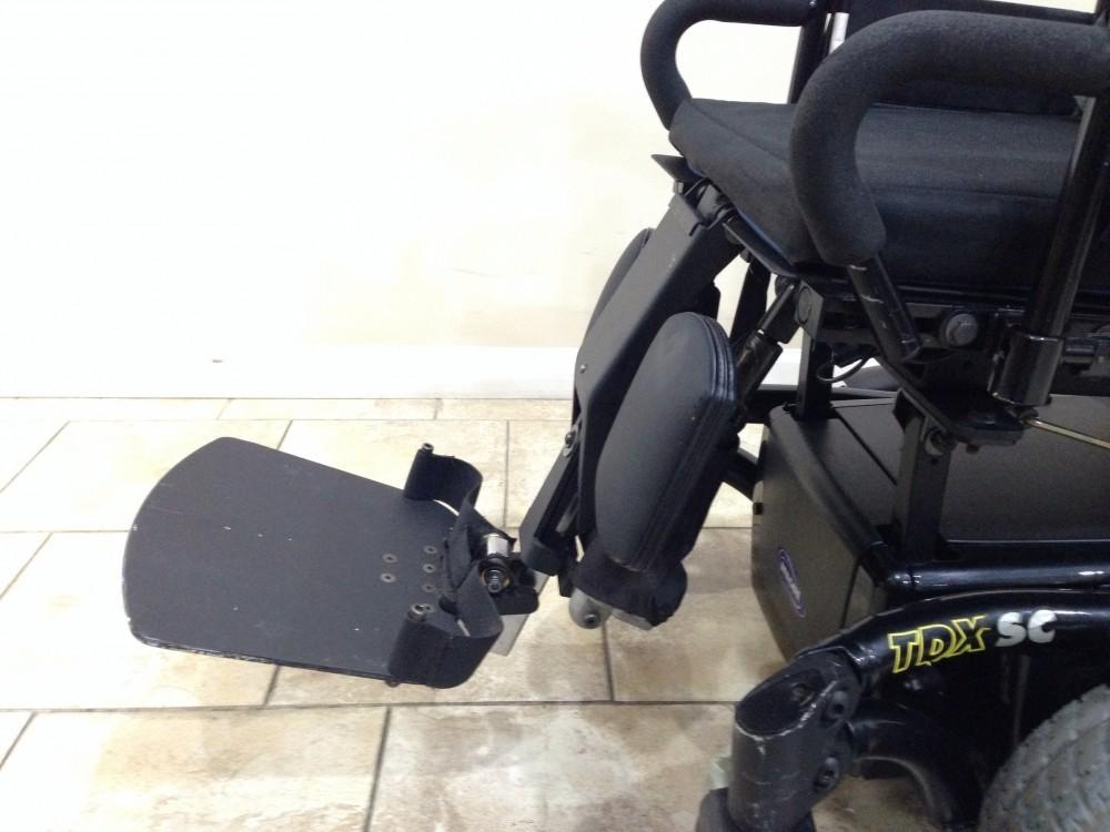 Invacare Tdx Sc Rehab Power Tilt Amp Elevating Legrest Chair