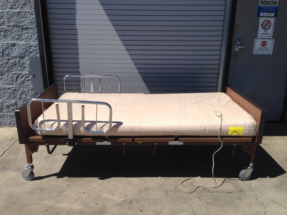 Used Medline Bariatric Full Electric Hospital Bed Package