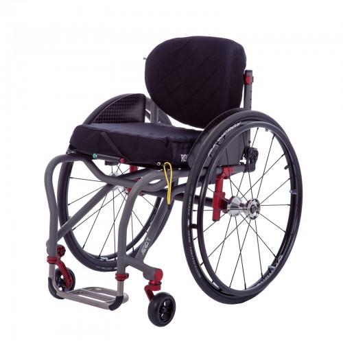 Front view of TiLite Aero T Rigid Manual Wheelchair
