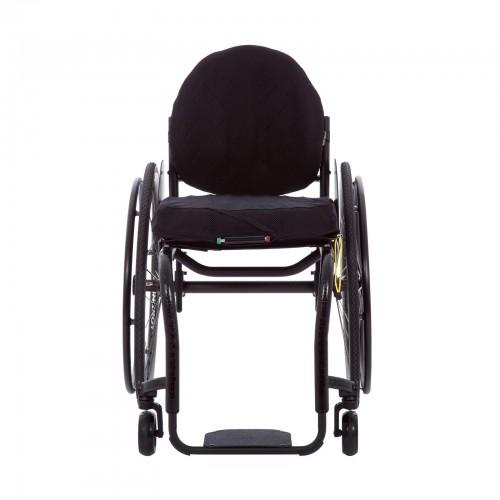 Front view of TiLite ZRA Series 2 Rigid Titanium Wheelchair